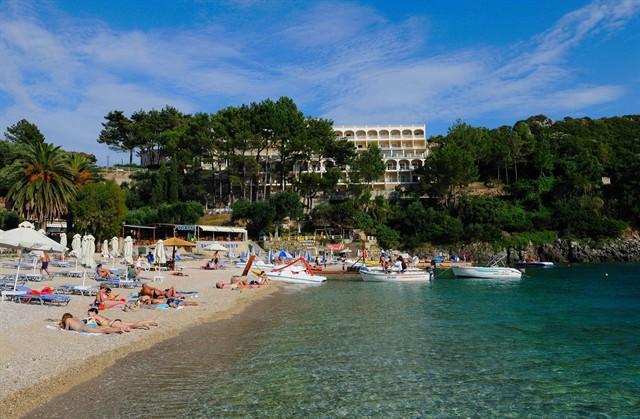Grecia Corfu Paleokastritsa AKROTIRI BEACH 1