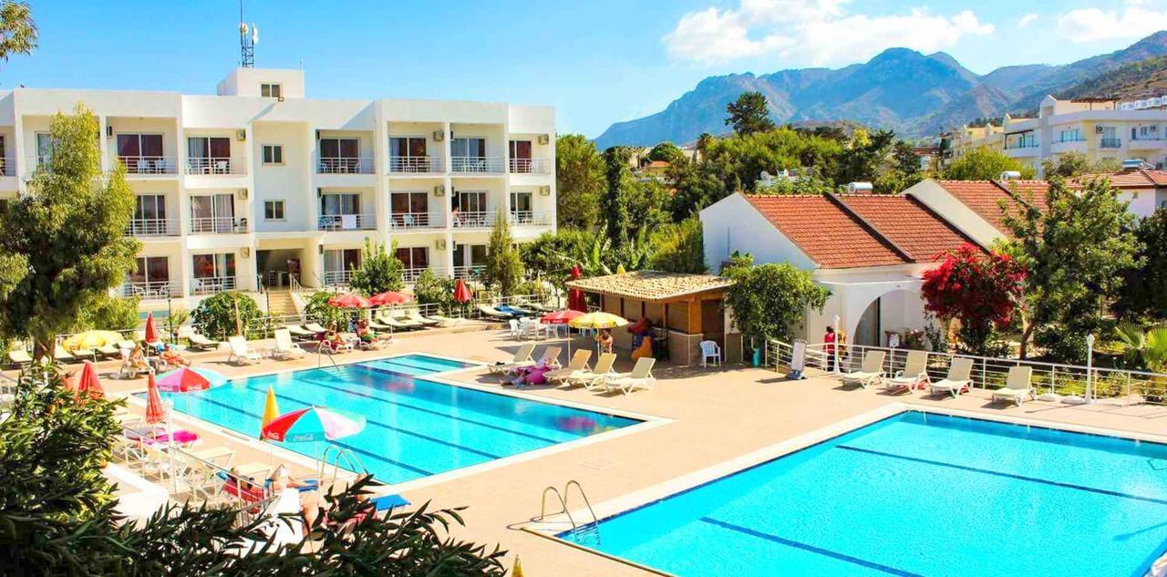 Early booking Kyrenia, Cipru de Nord  Rose Gardens Holiday Village 53876